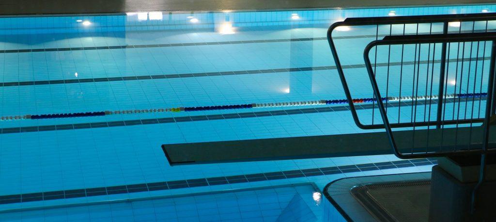 Sisäkuva uimahallista